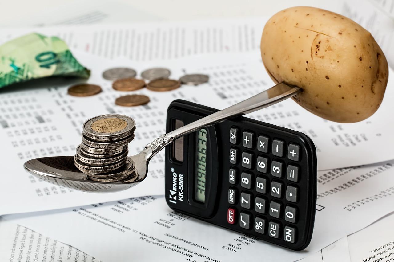 弁理士資格取得に関わる費用とメリット 徹底分析‼|弁理士試験|資格スクエア